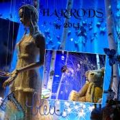 HARROD'S WINDOWS IN BLUE