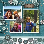 Uniquely Mom & Alaina hike